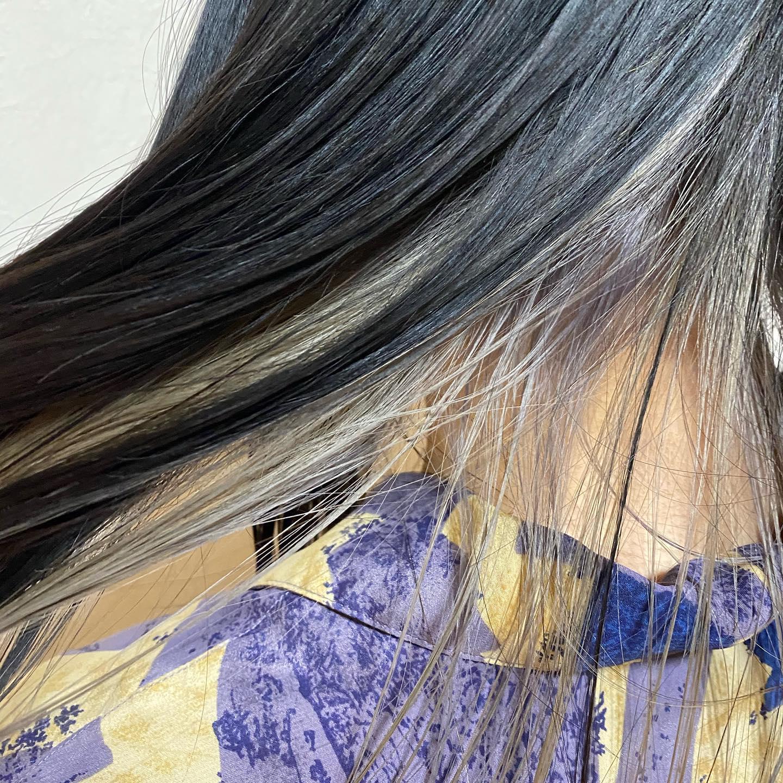 インナーカラーシルバー#宇都宮 #江曽島 #美容室 #美容師 #リクルート #ヘアカラー #インナーカラー #シルバー #ケークライス